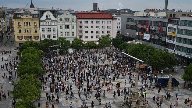 protesty proti koronavirovym opatrenim ms kraj ostrava 2007 2020