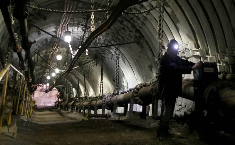 Čerpání důlní vody pro ochranu dobývaných karvinských ložisek uhlí, to je dnešní havířina v Ostravě.