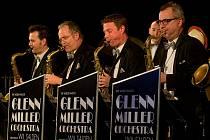 Glenn Miller Orchestra.