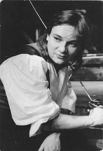 V inscenaci Fanfán Tulipán, která měla premiéru roku 1991