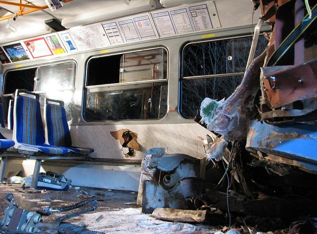 Následky páteční srážky tramvají ve Vřesině