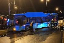Nehoda autobusu v Ostravě-Porubě.