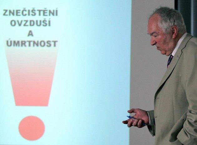 Epidemiolog Radim Šrám