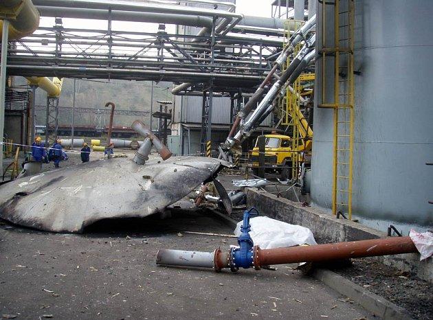 Snímky z místa výbuchu v koksovně Svoboda, při kterém zahynuli dva lidé