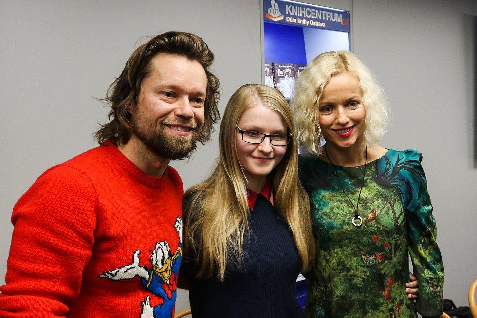 Karin Krajčová Babinská a Richard Krajčo, křest knihy s názvem Za sny, 1. prosince 2018 v Ostravě.