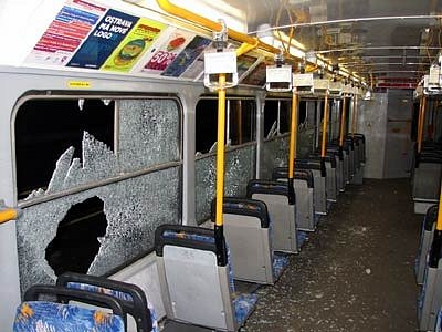 Tramvaj poničená v Ostravě vandaly