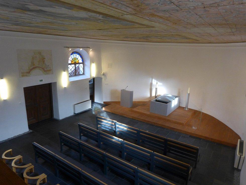 Hřbitovní kaple svaté Rodiny v Odrách