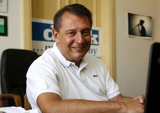Host on-line rozhovoru Jiří Paroubek v ostravské redakci Deníku.