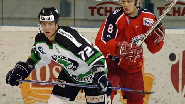 Daniel Boháč (v tmavém)