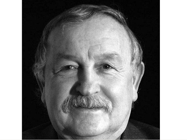 Karol Suszka, ředitel Těšínského divadla, herec a režisér