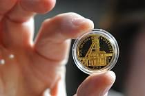 Vernisáž Zlaté mince Národní kulturní památka Důl Michal v Ostravě se uskutečnila první říjnovou středu ve strojovně bývalé šachty.