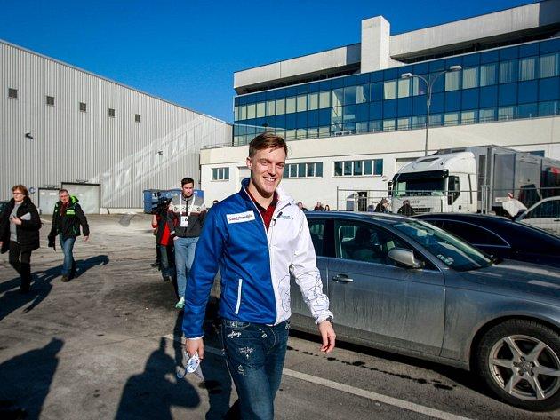 Tomáš Verner odhalil zákulisí mistrovství Evropy v krasobruslení v Ostravar Aréně.