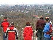 Za dobrého počasí nabízí halda Ema svým návštěvníkům nádherné výhledy na panorama celé Ostravy. Výstup na ní přitom není nijak moc náročný.