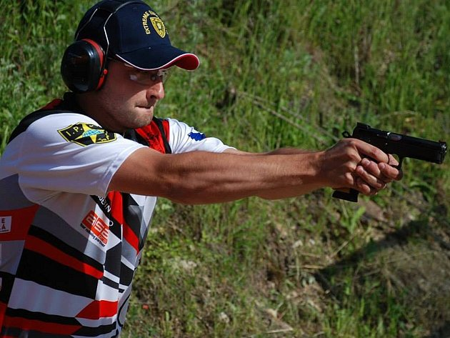 Robin Šebo se nyní připravuje na svou premiérovou účast na mistrovství světa v praktické střelbě, které se koná v říjnu v USA na Floridě.