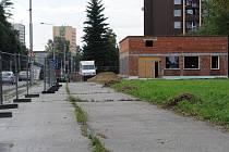 Boj proti benzince na Kamenci, v blízkosti řeky Ostravice lidé prohráli.