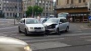 Srážka dvou aut v centru Ostravy.