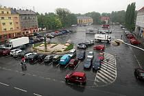 Náměstí Jiřího z Poděbrad čeká na rekonstrukci.