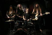 Fotka z natáčení nového klipu kapely Ingott.