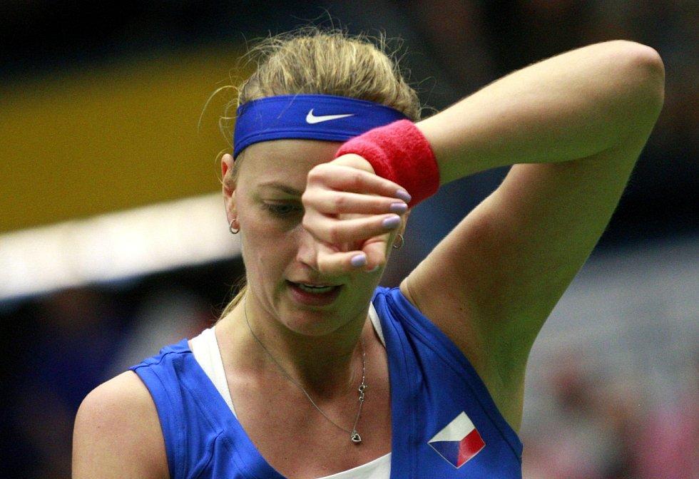 Petra Kvitová zvládla v semifinále Fed Cupu proti Francii obě dvouhry.