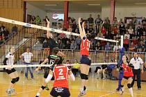 Volejbalistky Frýdku-Místku porazily Ostravu 3:0.