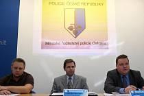 Ostravští policisté informovali o nebezpečí, které představují sociální sítě.