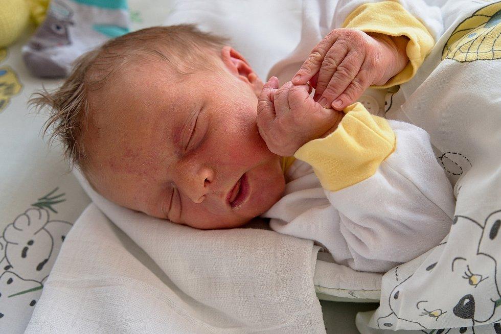 Timotěj Lenort z Bohumína, narozen 1. dubna 2021 v Karviné, míra 50 cm, váha 3650 g. Foto: Marek Běhan