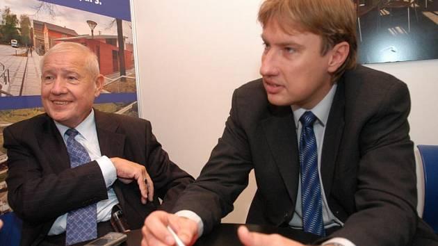 Prezident společnosti Pavel Vítek (vlevo) se svým synem Tomášem, který je ve firmě generálním ředitelem.