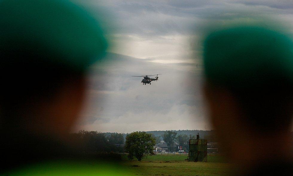 Dny NATO v Ostravě na letišti v Mošnově. Na fotografii vrtulník Sokol - Polské vzdušné síly