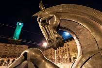 Do zelené barvy se o víkendu ponořila radniční věž ostravského magistrátu.