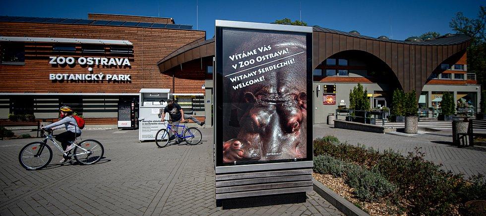 Vstupní budova do Zoo Ostrava. Ilustrační foto.