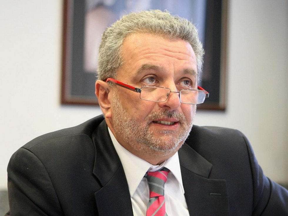 Sociolog Ivan Gabal ve spolupráci s agenturou Median zjistil, že špatné ovzduší je pro obyvatele tohoto kraje problémem číslo jedna.