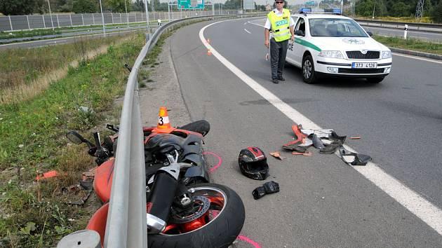 Smrtelná nehoda motorkáře na Bohumínské ulici v Ostravě