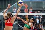 FIVB Světové série v plážovém volejbalu J&T Banka Ostrava Beach Open, 1. června 2019 v Ostravě. Na snímku (zleva) Madelein Meppelink (NED), Carolina Solberg Salgado (BRA).