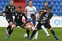 V osmifinále poháru se fotbalisté Baníku Ostrava utkali s Hradcem Králové.