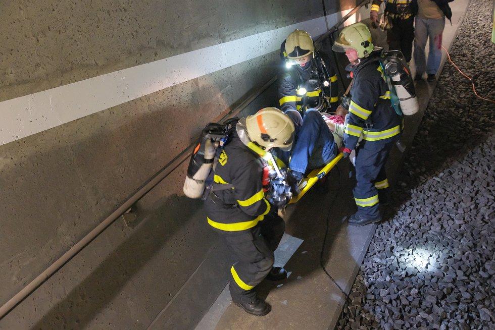 Cvičení v tunelu v Mostech u Jablunkova.