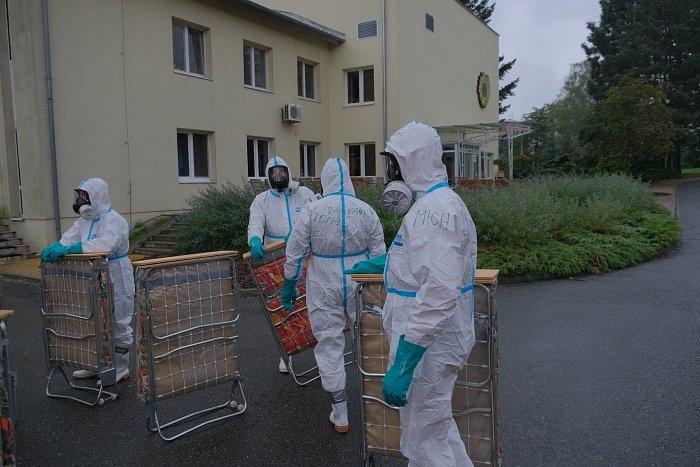 Dekontaminace, Domov Slunečnice Ostrava, říjen 2020.