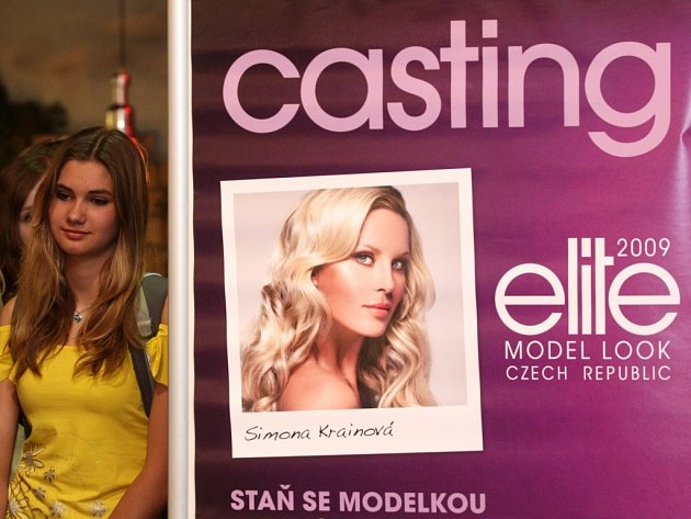 Jeden z castingů do prestižní modelingové soutěže Elite Model Look 2009 se v pátek odpoledne uskutečnil v areálu ostravského nákupního centra Futurum.