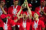 Fotbalové utkání finále MOL Cupu mezi celky SK Slavia Praha a FK Jablonec 9. května v Mladé Boleslavi. Michal Frydrych s pohárem.
