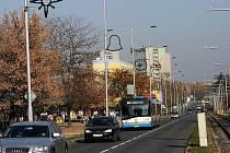 V ulicích Ostravy-Jihu se už první listopadové dny objevila vánoční výzdoba.