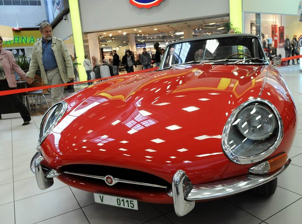 Jaguar E Anglie