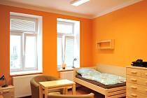 Chráněné bydlení pro čtrnáct klientů se zdravotním a mentálním postižením provozuje hlučínská organizace Fontána.