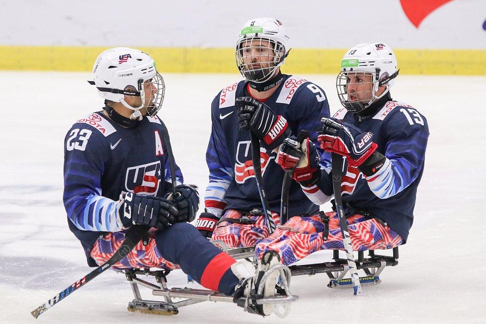 Mistrovství světa v para hokeji 2019, 3. května 2019 v Ostravě. Na snímku (zleva) Roman Rico (USA), Dodson Travis (USA), Mcdermott Luke (USA).