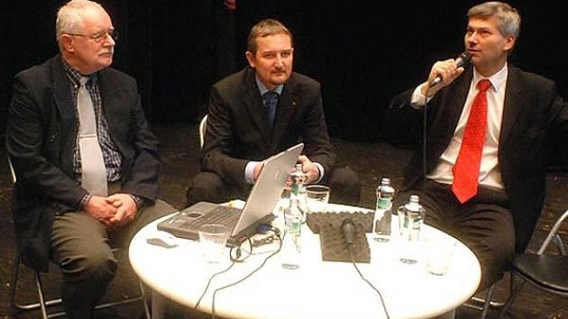 Zleva Jaroslav Sedlecký, Lukáš Ženatý a Petr Kajnar