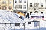 Příprava Korejské vesničky na Masarykově náměstí v Ostravě, která zde bude fungovat po dobu olympiády a Olympijského festivalu Ostrava 2018.