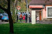 Takzvaný zadní Přívoz patří mezi místa, kam běžný člověk raději nezavítá. Důvod? Sociální složení místních obyvatel .