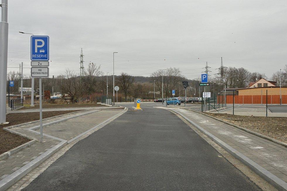 Příjezd na parkoviště P+R Černý potok.