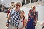 Dějová zápletka čtvrtého dílu je opět netuctová. V Tunisu umírá na otravu jídlem turistka z Ostravy.