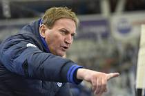 Alois Hadamczik odmítá, že by byl poradcem hokejových Vítkovic. V boji o záchranu ostravskému klubu věří.