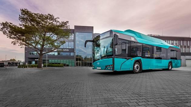 Dvacet čtyři kusů elektrobusů včetně dvou rychlonabíjecích stanic - doposud největší zakázka na dodání elektrobusů v České republice, míří do Dopravního podniku Ostrava (DPO).