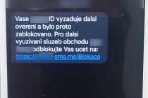 Takovéto SMS zprávy dostávají oběti. Foto: Policie ČR